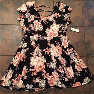 Dresses & Skirts - NWT super soft dress size xl